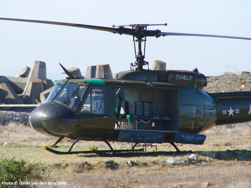 Bell Huey UH-1H. - Taringa!