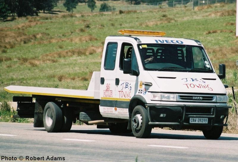 iveco_tow_truck_ra.JPG